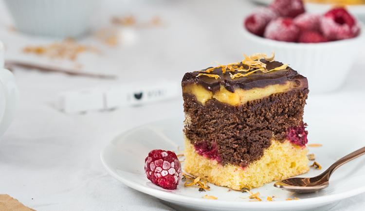 Szybkie ciasto czekoladowo-waniliowe